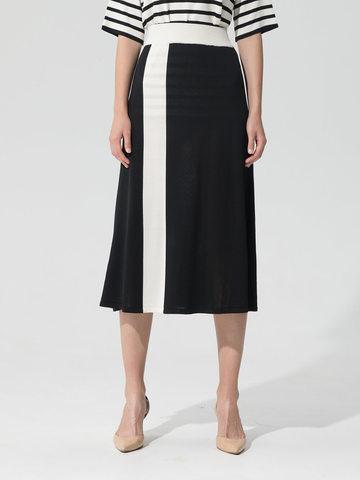 Женская юбка черного цвета с контрастной полосой из шелка и вискозы - фото 4