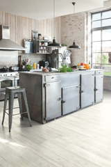 ПВХ плитка, кварц виниловый ламинат Quick Step LVT Balance click Артизан серый BACL40040