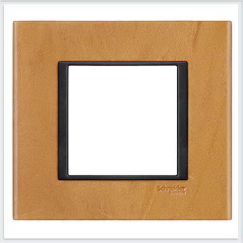 Рамка на 1 пост. Цвет Светлая кожа. Schneider electric Unica Class. MGU68.002.7P1