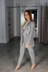 Деловой брючный костюм серый Nadya