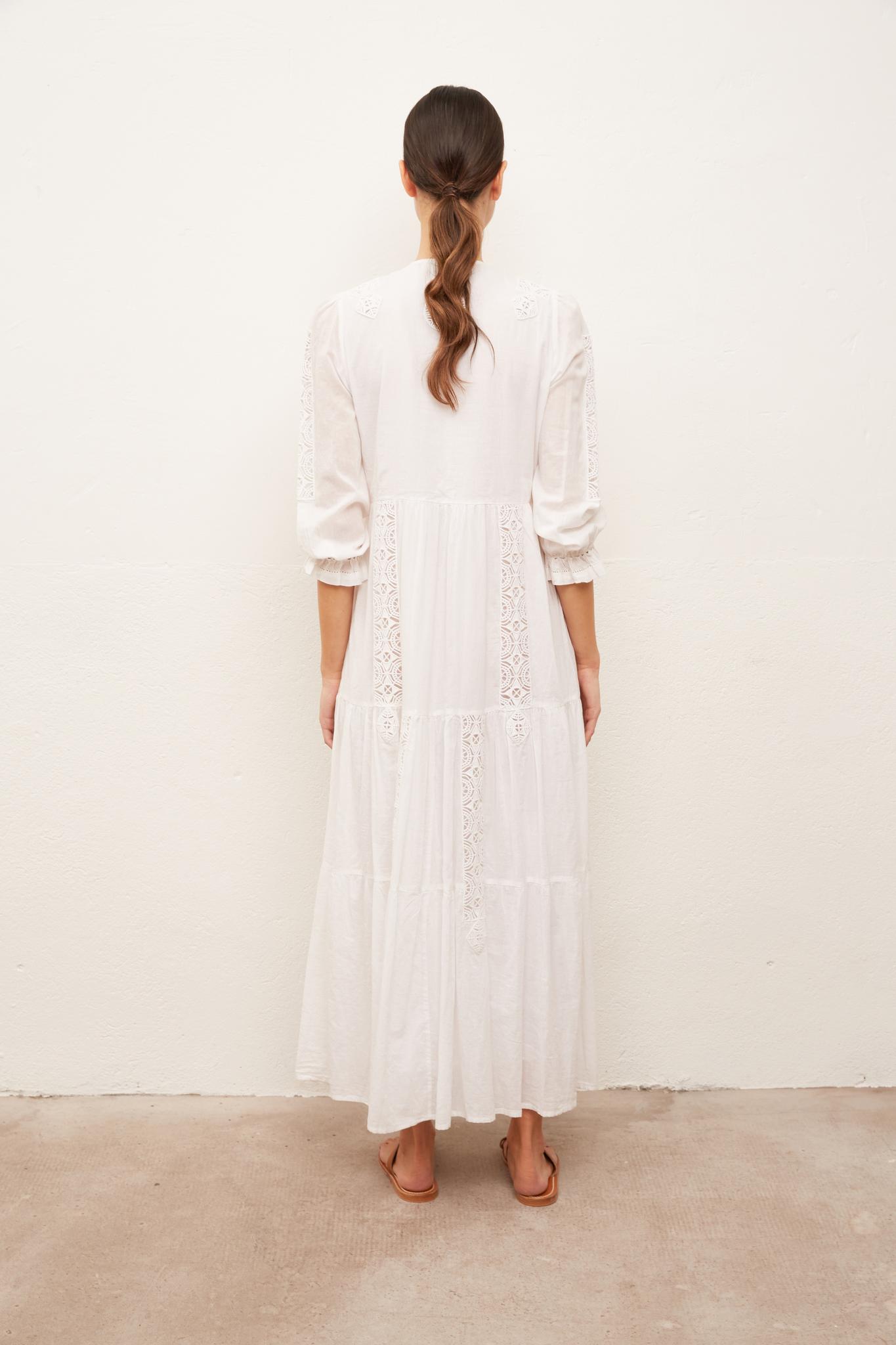 SAKINA - длинное платье-туника с вышивкой