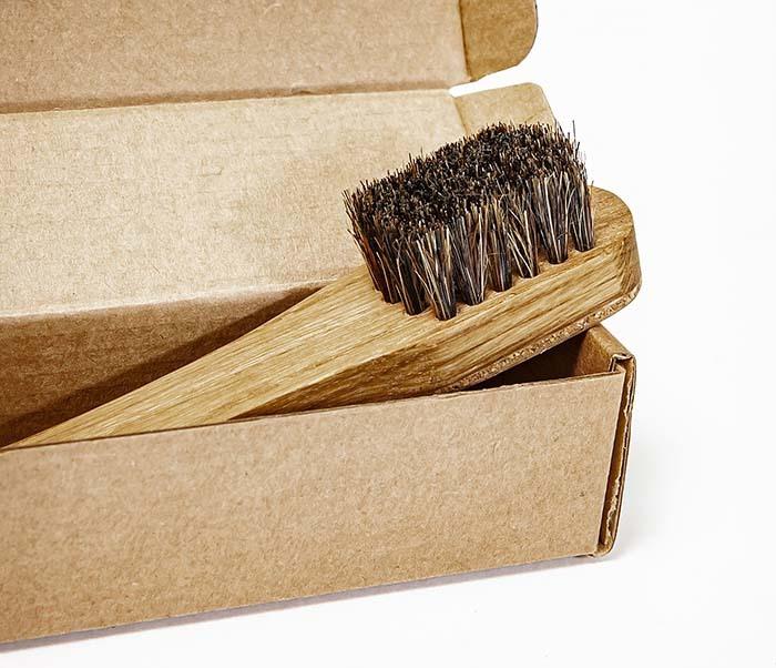 RAZ2013 Щетка для бороды с деревянной рукояткой фото 06
