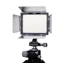 Накамерный видеосвет Yongnuo YN 300 III