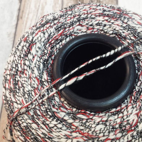 Хлопок с вискозой CASA DEL FILATO / CAPRI 190 бело-красно-серый с серебром