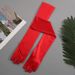 Атласные перчатки (красные) 003