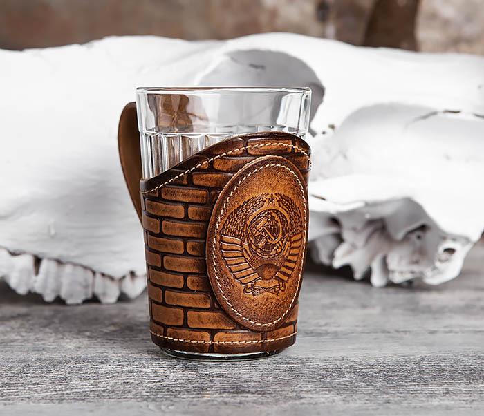 BY31-02-01 Подстаканник «СССР» из кожи с граненным стаканом