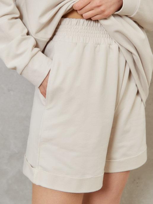 Женский спортивный костюм с шортами Brandmania