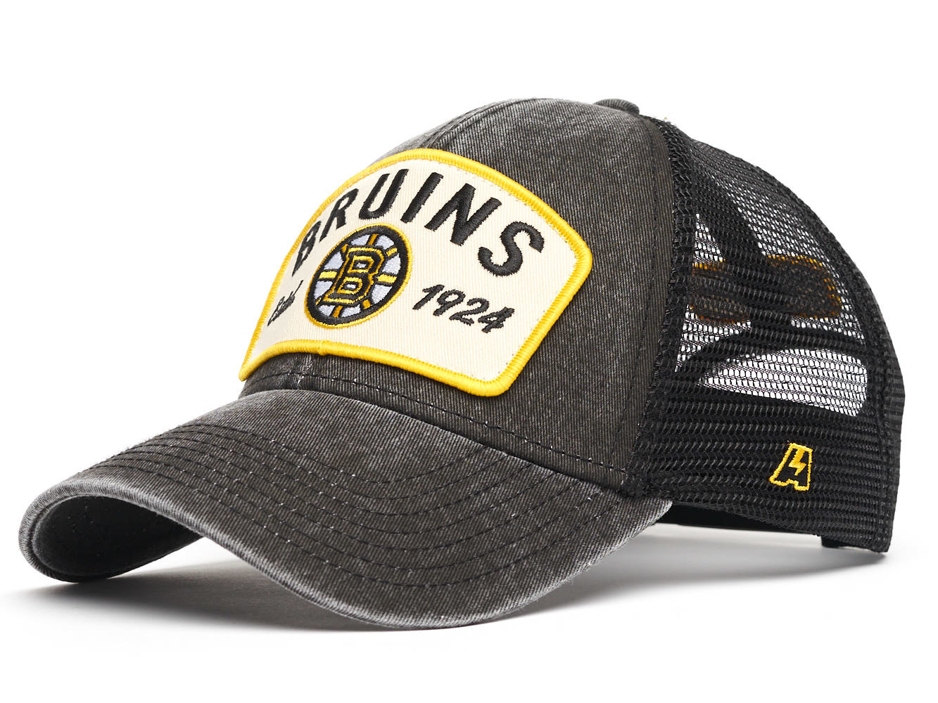 Бейсболка NHL Boston Bruins