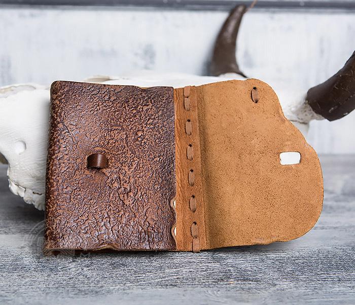 BY01-04-05 Кожаный блокнот  ручной работы «Цель Близка» с клыком (А6) фото 06