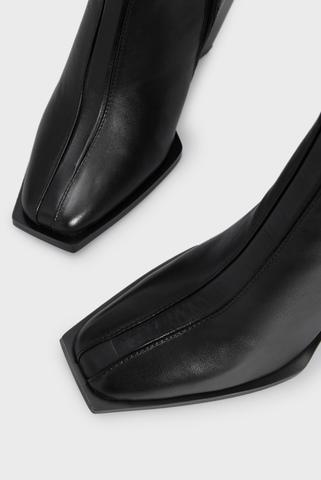 Женские черные кожаные ботильоны Avior PRPY