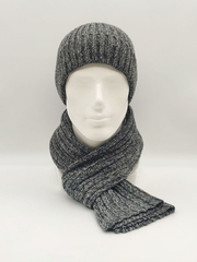 Мужской комплект шапка по голове с отворотом и шарф, серый меланж