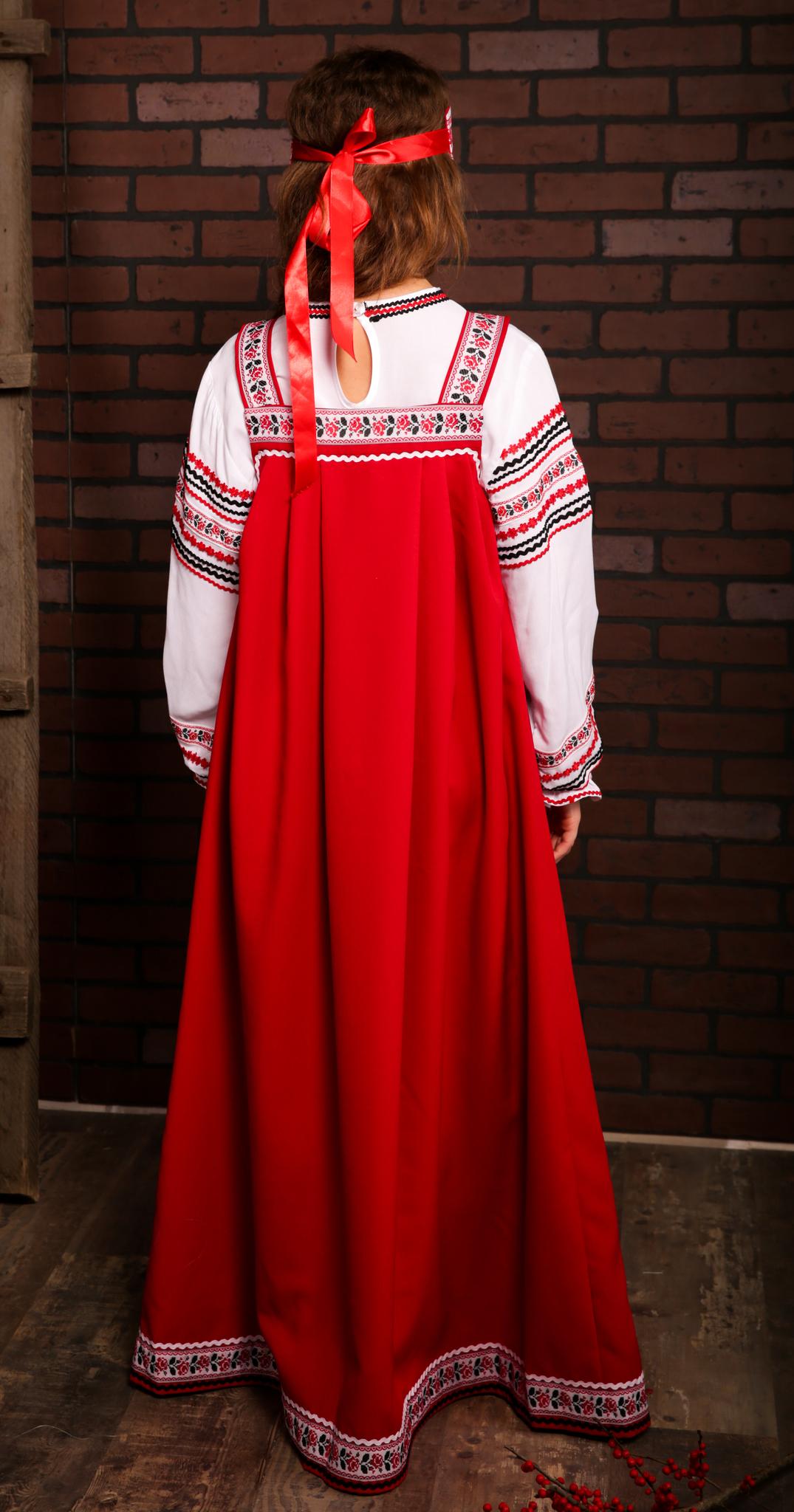 русские традиционные наряды с орнаментом Иванка