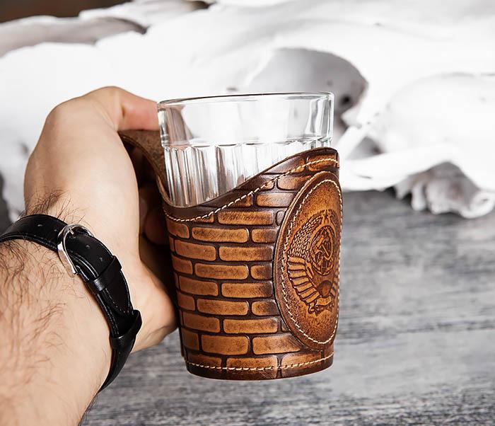 BY31-02-01 Подстаканник «СССР» из кожи с граненным стаканом фото 06