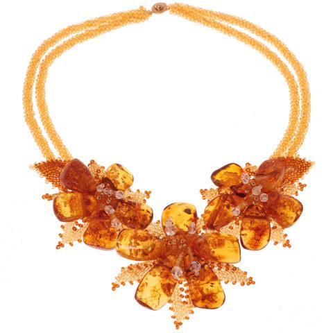 Колье с цветами из натурального янтаря и бисера