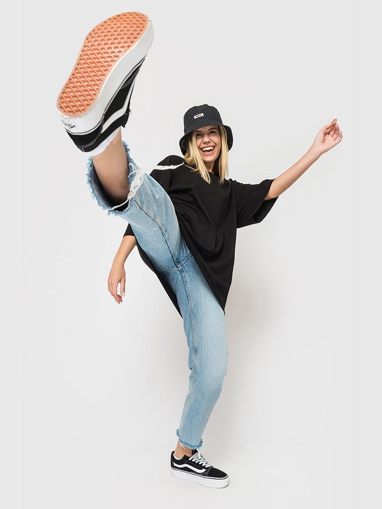 Футболка черная YOS от украинского бренда Your Own Style