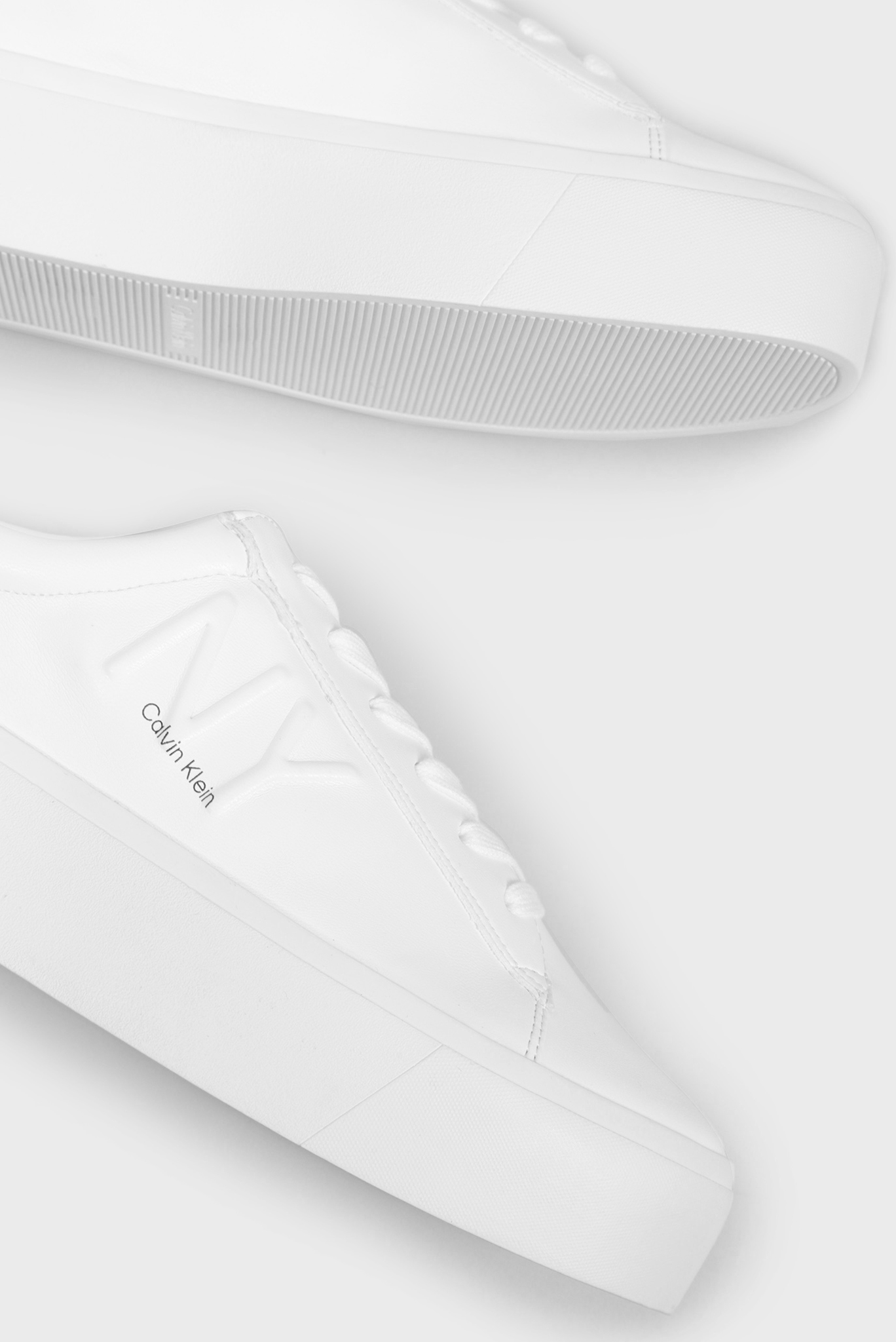 Женские белые сникеры JAMELLA Calvin Klein