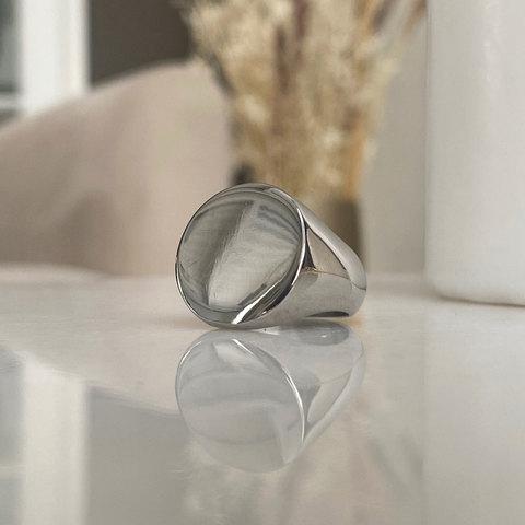 Кольцо-печатка без декора серебряный (сталь)