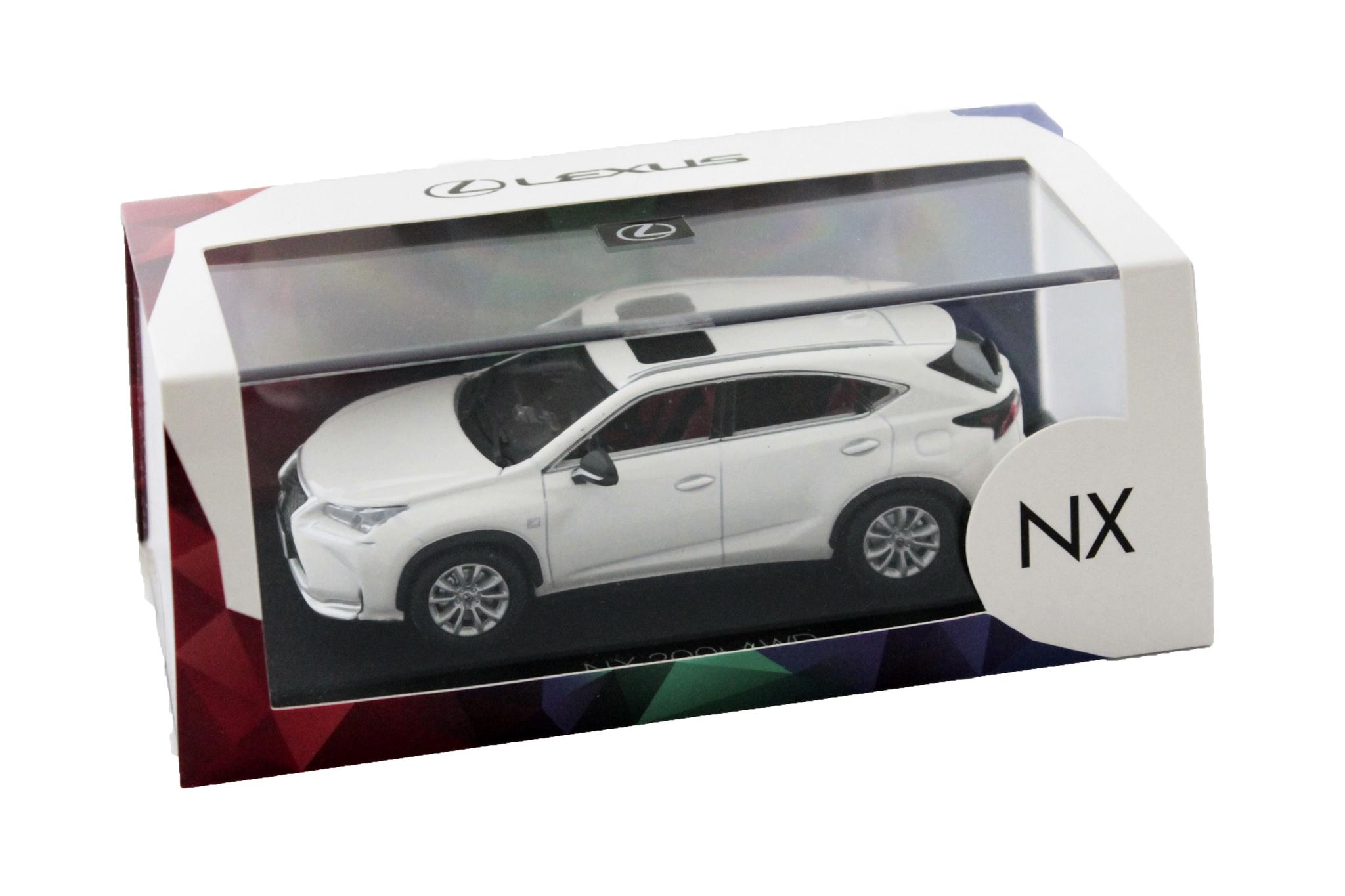 Коллекционная модель LEXUS NX - 200t