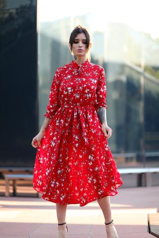 Красное платье воротник стойка оптом