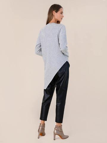 Женский джемпер светло-серого цвета из шерсти и кашемира - фото 5
