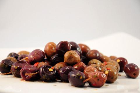 Вяленые оливки в оливковом масле в ассортименте КОЛБАСЫ ИП БАБЕШКИНА 0,25кг
