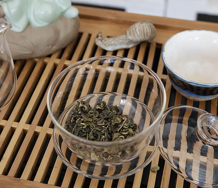 TEA-CH103 Зеленый чай «Изумрудные Спирали Весны» из Банна (Би Ло Чунь, 50 гр) фото 05