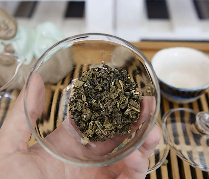 TEA-CH103 Зеленый чай «Изумрудные Спирали Весны» из Банна (Би Ло Чунь, 50 гр) фото 06