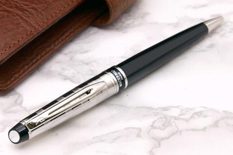 Шариковая ручка Waterman Expert 3 DeLuxe, цвет: Black CT, стержень: Mblu123