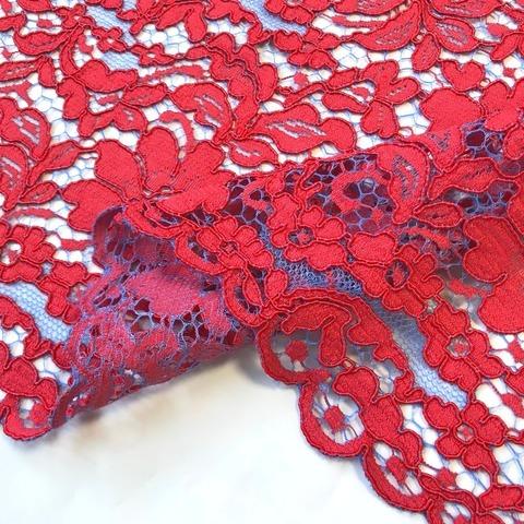 Ткань  кружево кордовое цвет красный голубой фон 3294