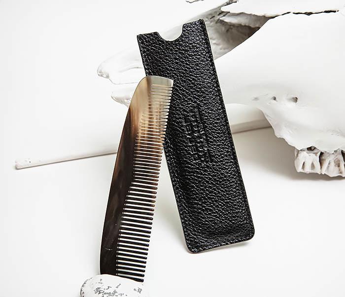 RAZ500 Крупная расческа «PARKER» из рога в кожаном чехле фото 03