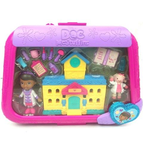 Дисней Доктор Плюшева набор Больница с мини-куклой