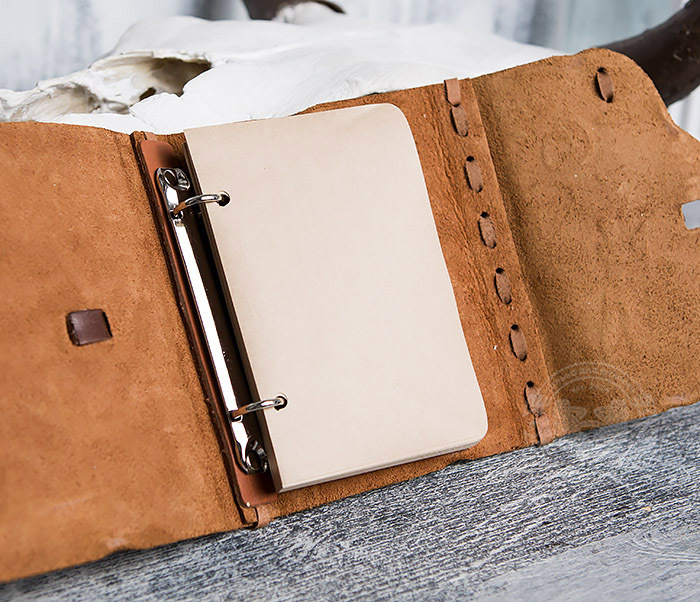 BY01-04-05 Кожаный блокнот  ручной работы «Цель Близка» с клыком (А6) фото 08
