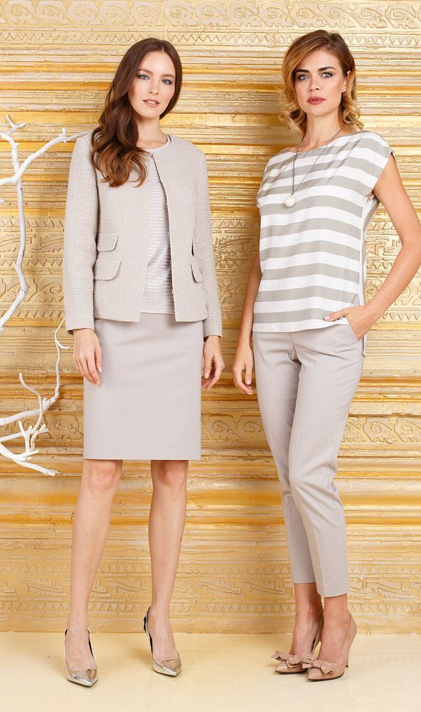 Юбка Б100а-920 - Прямая юбка из легкой костюмной ткани на подкладке. По бокам врезные карманы с застежкой на пуговицу. Прекрасно сочетается с любым верхом, подойдет как для офиса так и для повседневной жизни.
