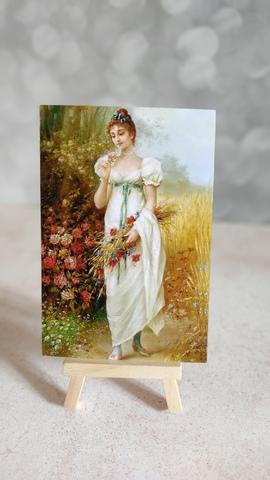 Девушка с луговыми цветами и розами