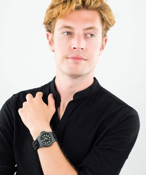 Мужские часы Victorinox  I.N.O.X. Carbon 241859