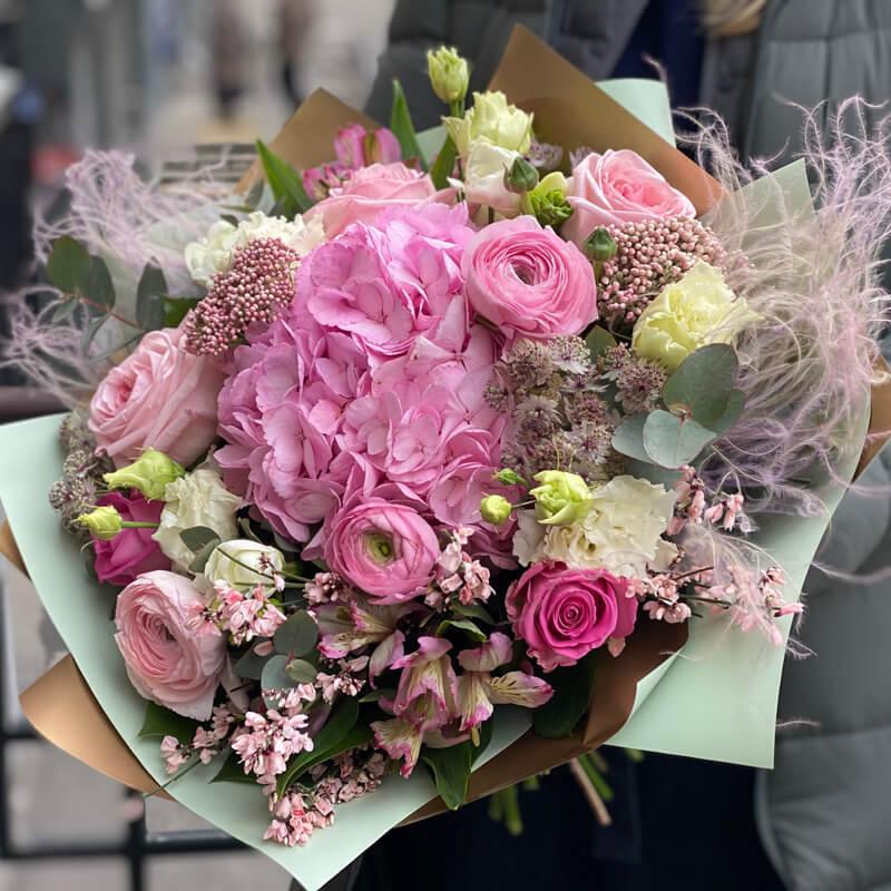 Букет цветов 335