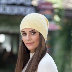 Зимняя шапка из пуха кролика (нежно-желтая)