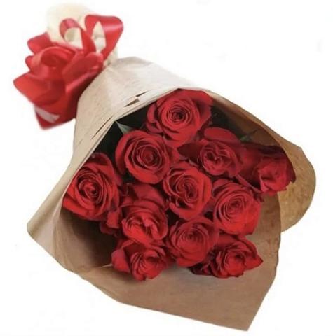 11 эквадорских роз 60 см в оформлении #14563