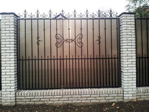 Кованый забор с поликарбонатом N-2