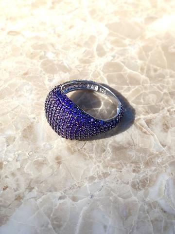 Кольцо Бурлеск из серебра с фиолетовыми цирконами