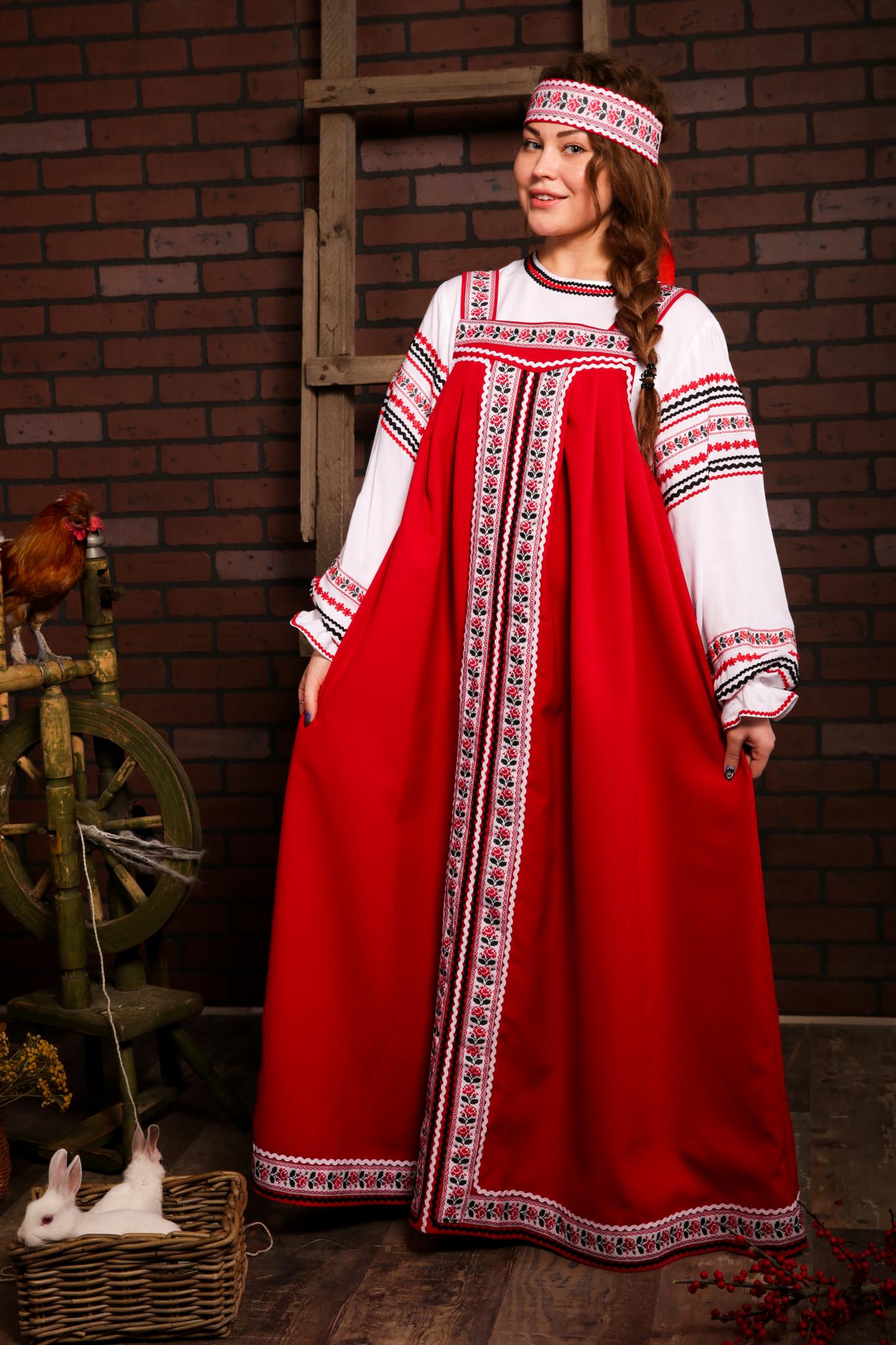 русские традиционные костюмы с орнаментом Иванка