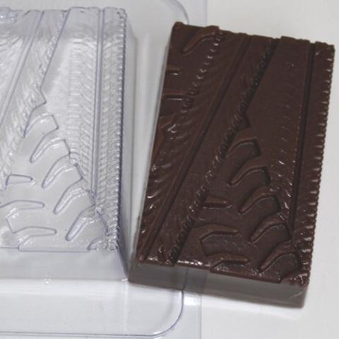 Пластиковая форма для шоколада муж. ПРОТЕКТОР СЛЕД ОТ ШИН (82х55мм)