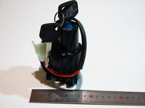 Замок зажигания Honda VTR1000 1999-2005 VFR800 2002-2009