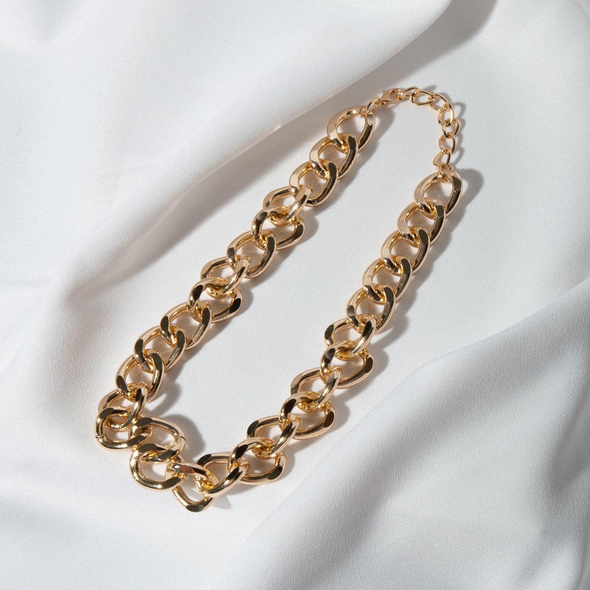 Колье-цепь с очень крупными звеньями (золотистый)