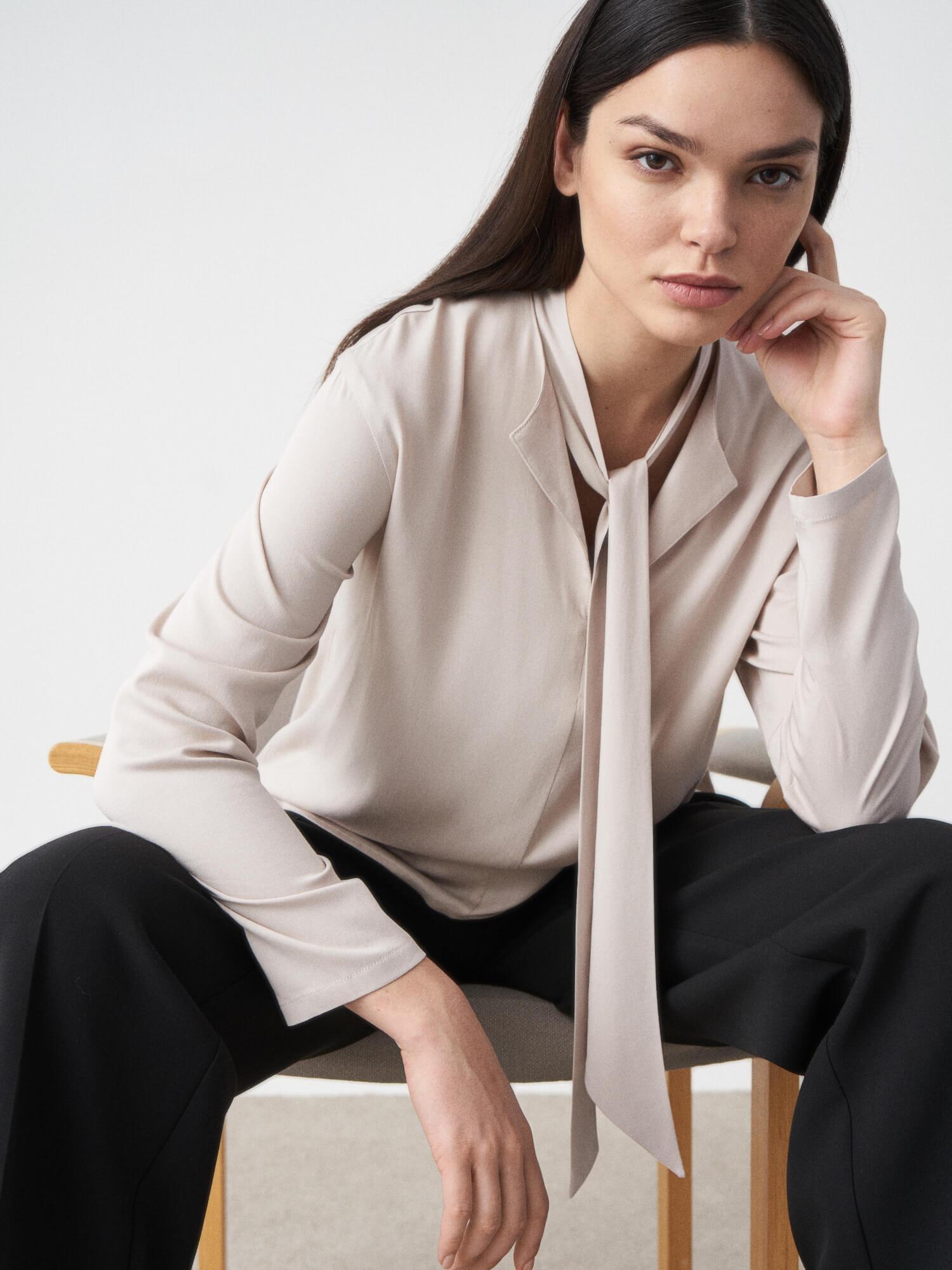 Блуза Irma с завязывающимся воротником