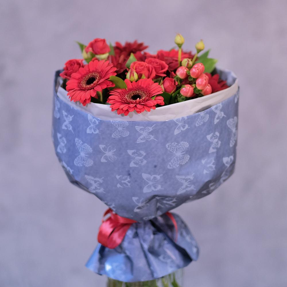 Купить букет с красными герберами в Перми