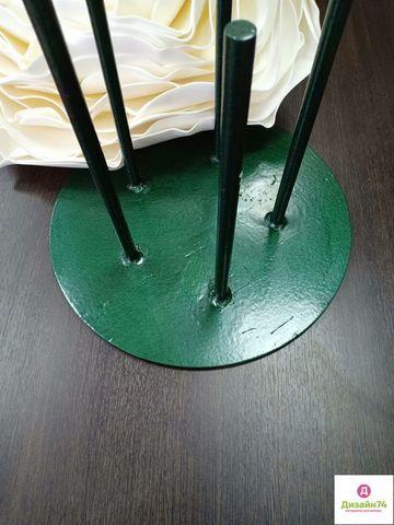 Стойка металлическая, Зеленая, 5 штырей, ширина 35см, толщина основания 7-8мм.