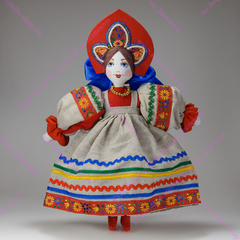 Текстильная кукла в кокошнике