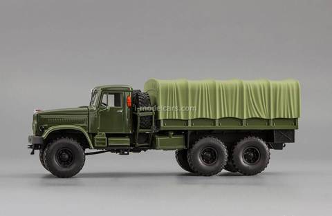 KRAZ-214B board with awning green 1:43 Nash Avtoprom