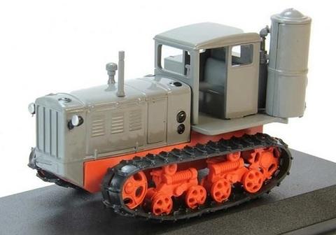 Модель Трактор №22 ХТЗ-Т2Г история, люди, машины
